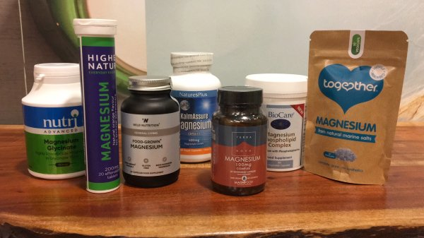 Different brands of magnesium in capsules or tablets form